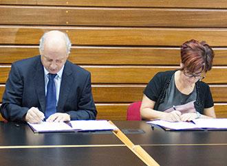 University of Malta and Aġenzija Żgħażagħ formalise collaboration