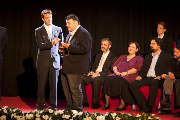 Immanuel Mifsud receives award
