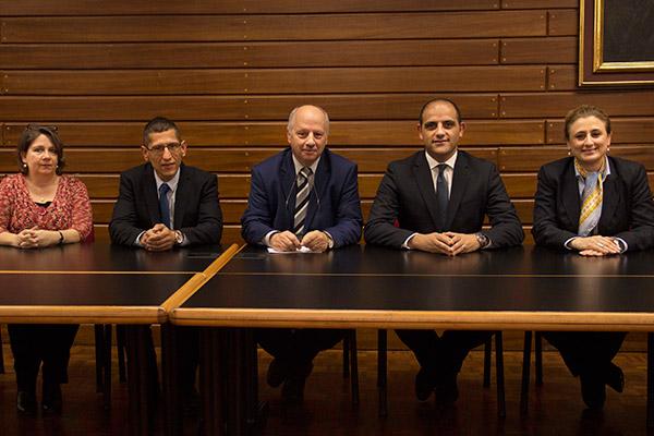 Transport Malta toffri Esperjenzi Prezzjużi lill-Istudenti tal-Università
