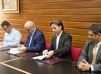 Signing of agreement - scholarship