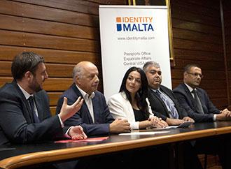Group photo - UM (PLAS) and Identity Malta course