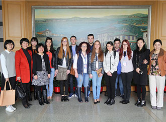 Photographic Exhibition and Presentation, Xiamen University Visit