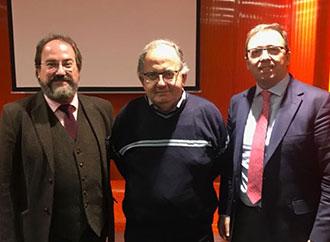 Prof. Peter Mayo with Juan Carlos Gómez Alonso (UAM) and Dr Eugenio-E. Cortés-Ramírez (UCLM)