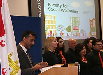 Dean's award - Social wellbeing