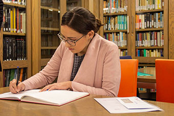 Student in the Arts Library